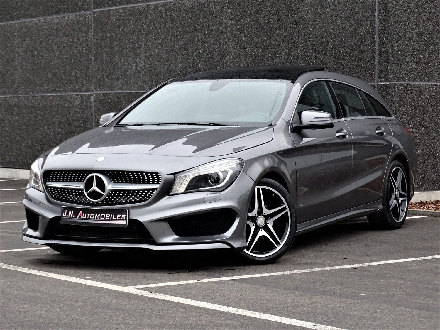 mercedes benz cla 200 shooting brake amg vendue j n automobiles. Black Bedroom Furniture Sets. Home Design Ideas
