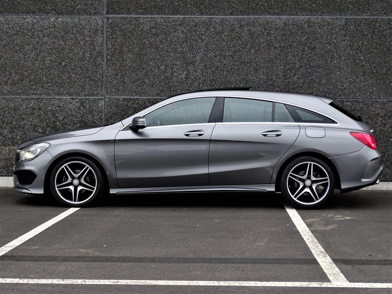 Mercedes Benz Cla 200 Shooting Brake Amg Vendue J N